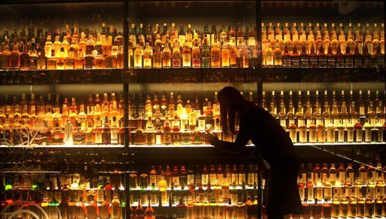 Индия обеспечила резкий рост экспорта шотландского виски фото:theguardian.com