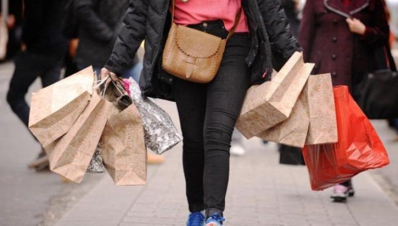 Британские интернет-магазины временно отменили функцию самовывоза заказов фото:telegraph.co.uk