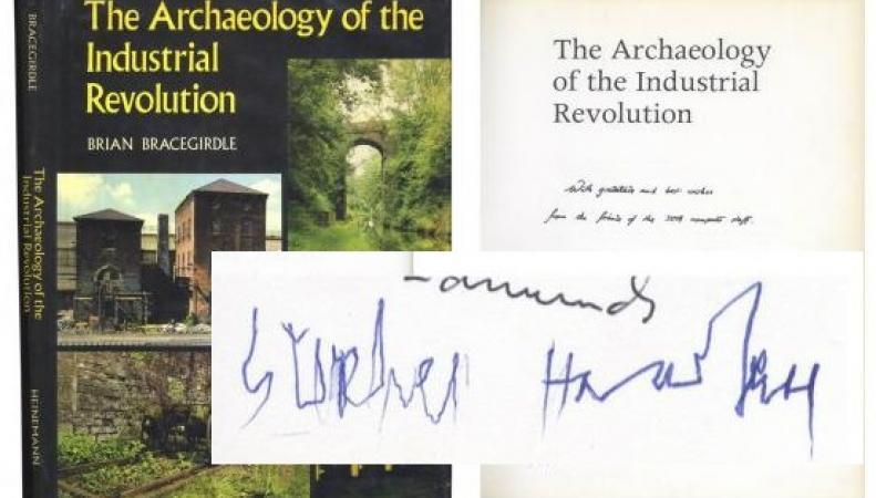 Редкий автограф Стивена Хокинга выставлен на аукцион