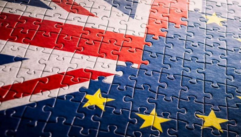 Евросоюз отказался продлевать Брекзит по умолчанию