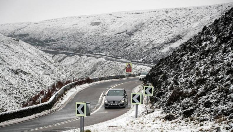 Шотландии и северу Англии пообещали до двадцати сантиметров снега
