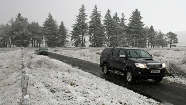 MetOffice объявил штормовое предупреждение из-за гололедицы и снега