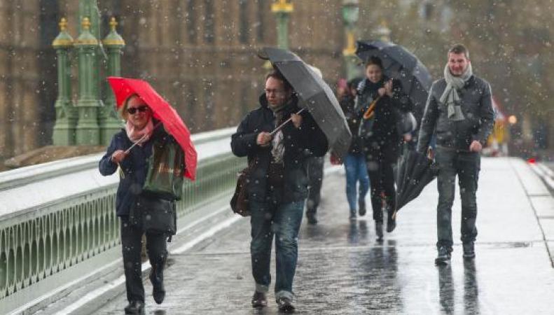 Снежные грозы пройдут во время похолодания в ряде районов Великобритании фото:independent