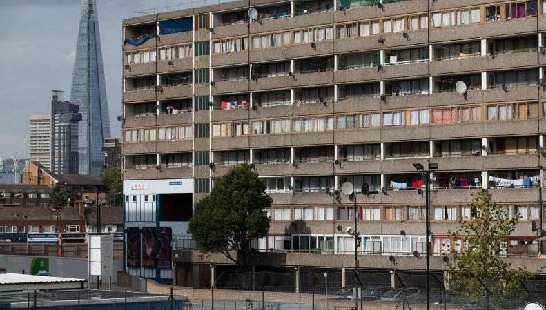 Ввод социального жилья в Великобритании сократился на 90% за восемь лет