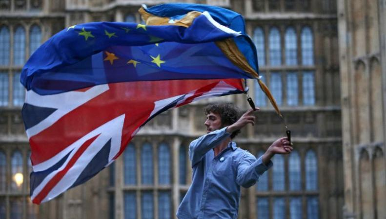 Британцы не разделяют идеи «жесткого» Brexit фото:independent