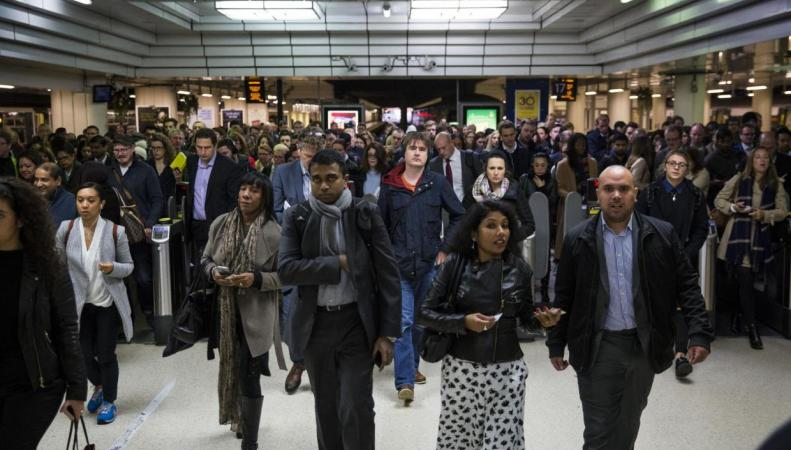 Железнодорожный оператор Southern отменил более тысячи поездов