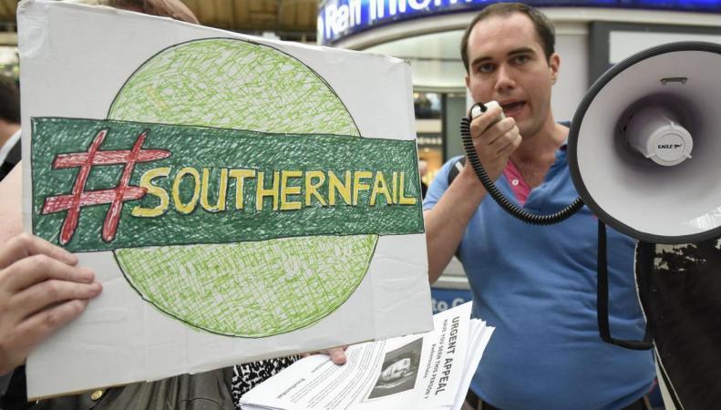Садик Хан высказался за национализацию железнодорожного оператора Southern фото:independent.co.uk