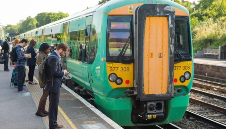Железнодорожный оператор Southern получит 20 миллионов фунтов государственной поддержки фото:bbc.com