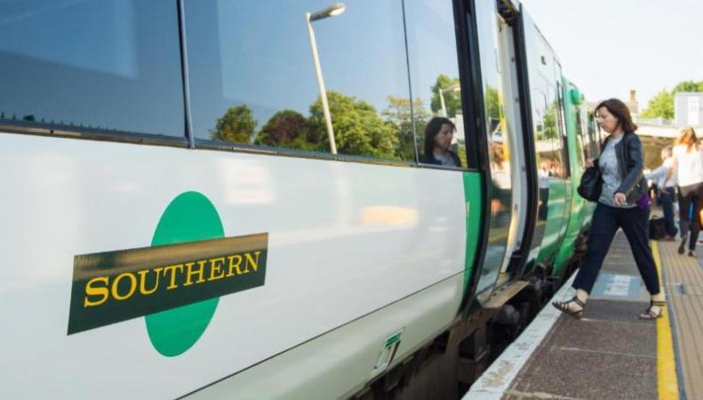 Пассажиры Southern получат возврат части стоимости сезонных проездных фото:theguardian.com