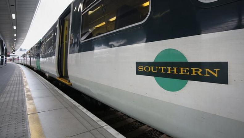 Руководство франшизы Southern пообещало уволить кондукторов в случае продолжения забастовок фото:theguardian.com