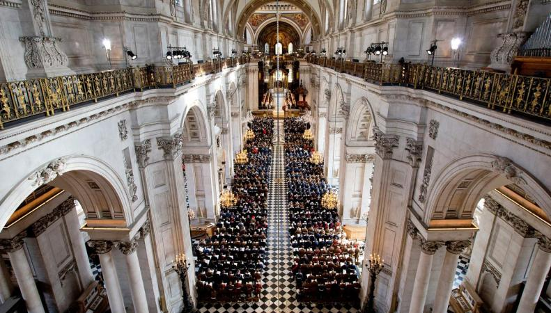 Женщина разбилась насмерть в Соборе Св. Павла