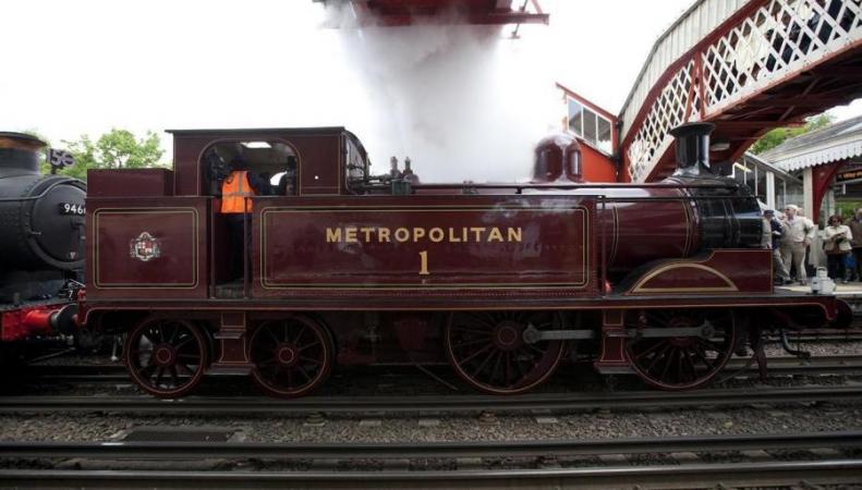 Паровые поезда вернутся в лондонский метрополитен на один день фото:standard.co.uk