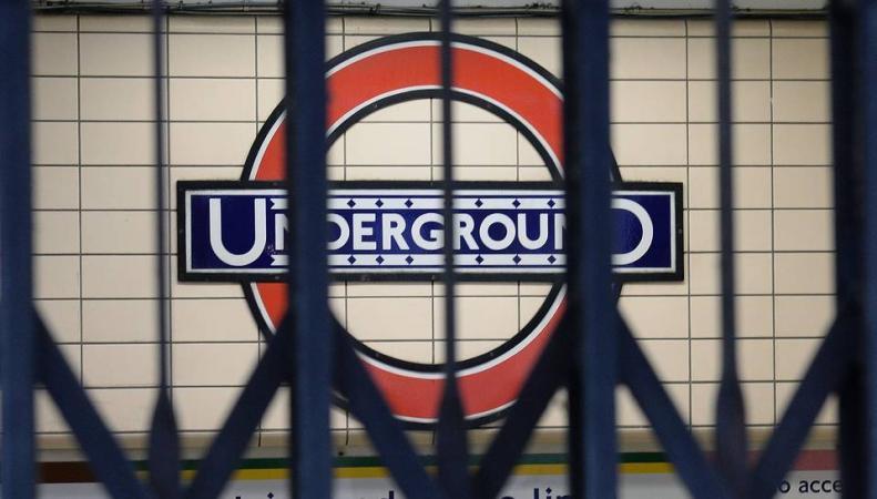 Профсоюз предупредил о новых забастовках работников лондонского метро