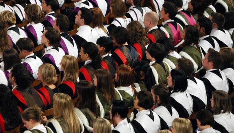 Названа стоимость амнистии по студенческим долгам в Великобритании фото:theguardian