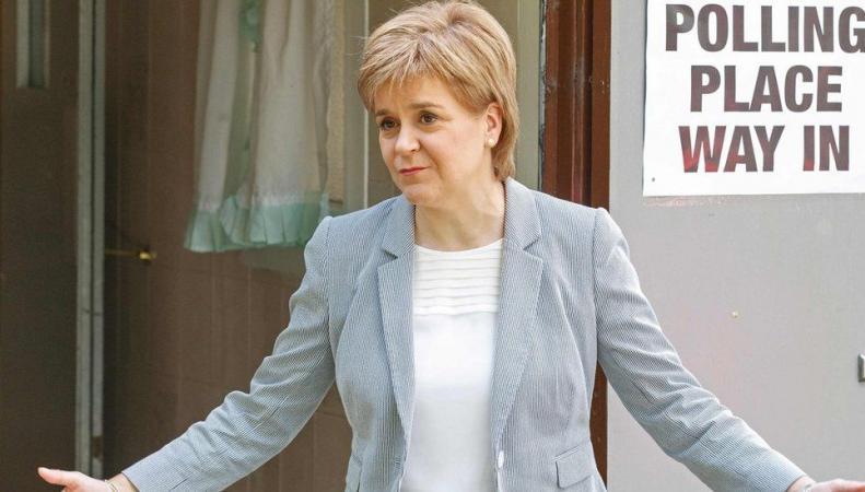 Разъединенное королевство: Шотландия видит свое будущее вместе с Евросоюзом фото:bbc.com