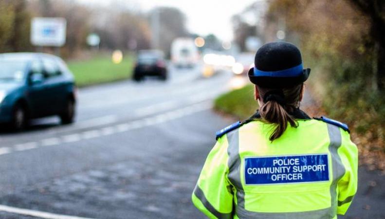 Британская полиция нанимает гражданских лиц для охраны мест преступления