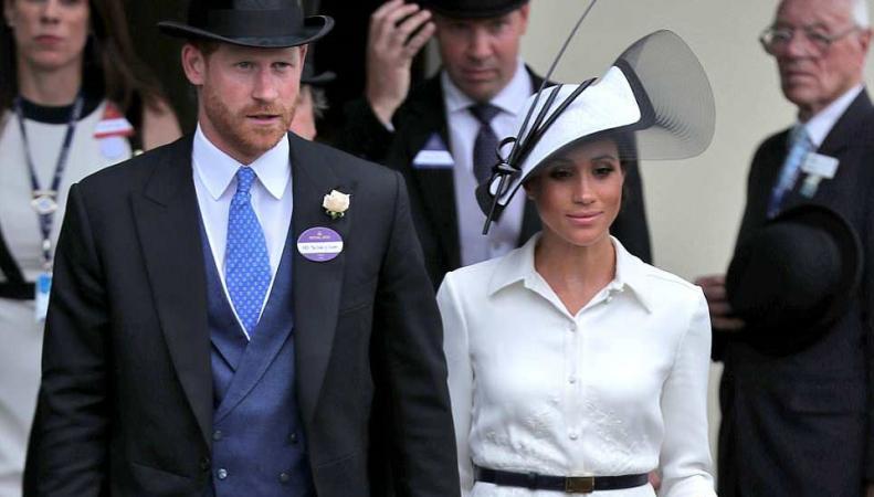 Герцогиня Меган впервые посетила королевские скачки в Аскоте