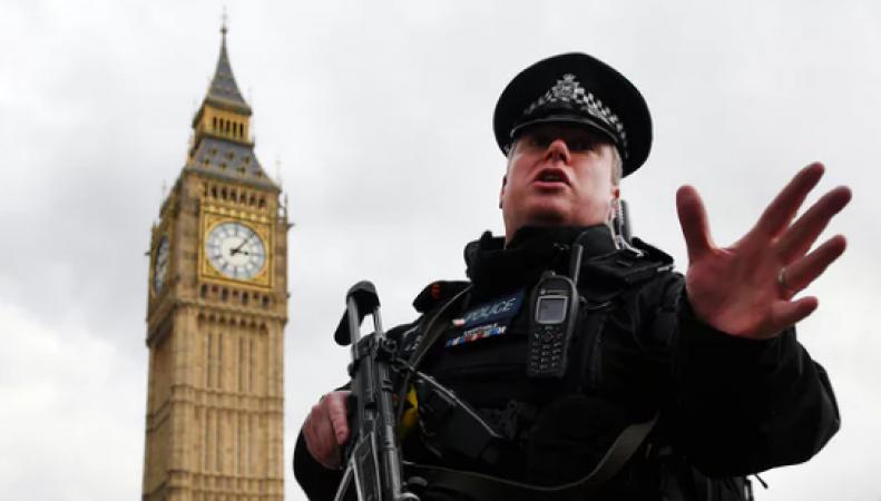 Теракт в Лондоне: уточненная информация о пострадавших и другие обновления фото: