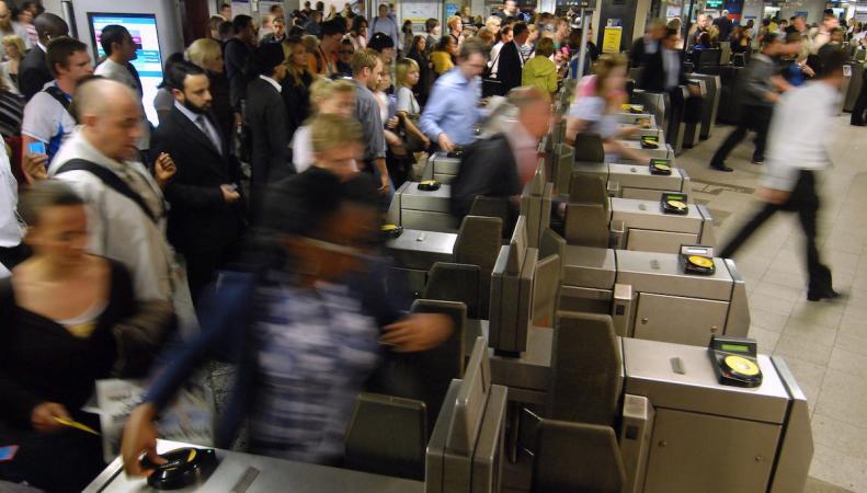 Oyster накопил 220 миллионов фунтов стерлингов неистребованных остатков на счетах фото:mayorwatch.co.uk