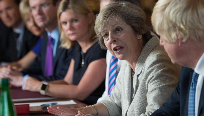 МВД Великобритании объявит амнистию мигрантам из ЕС после Brexit