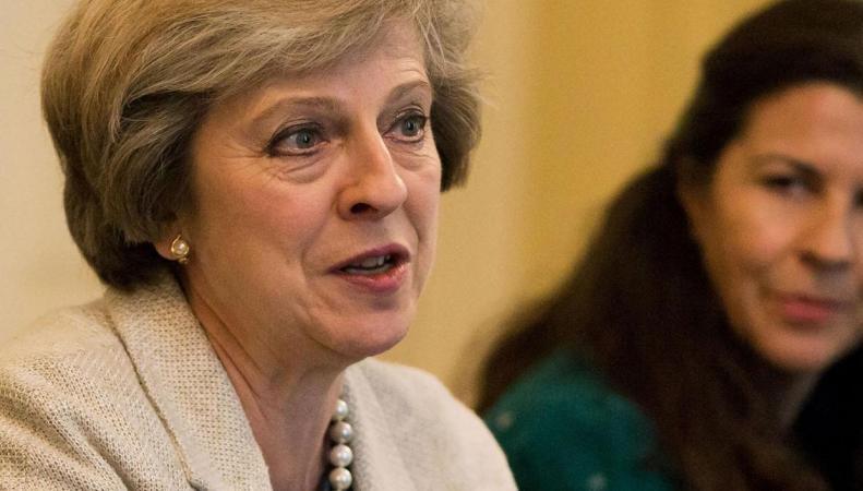 Тереза Мэй отклонила концепцию балльной системы миграционного контроля фото:independent.co.uk
