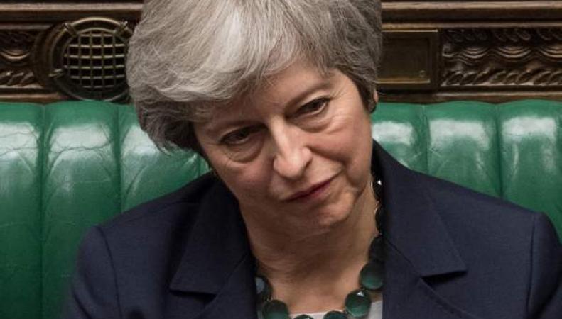 Тереза Мэй признала кризис Брекзита и попросила Брюссель об отсрочке