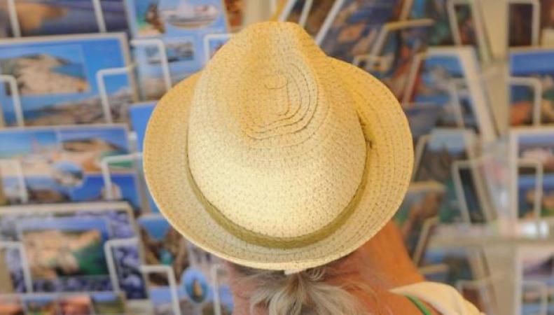 Британские туристы за рубежом попадают в неприятности на миллион фунтов в день фото:bt.com