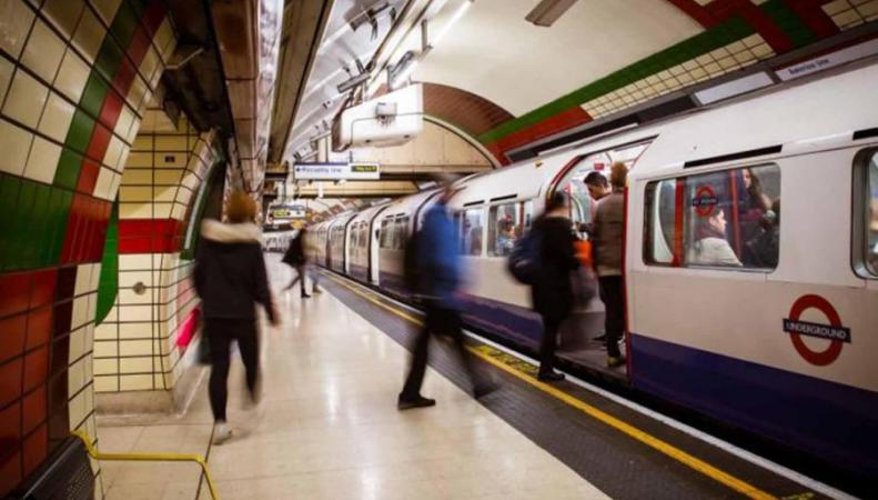 На карте лондонского метро может появиться станция Нельсона Манделы фото:standard.co.uk