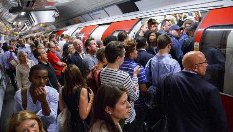 В Лондоне выпустили карту метро с показаниями шагомера фото:standard.co.uk
