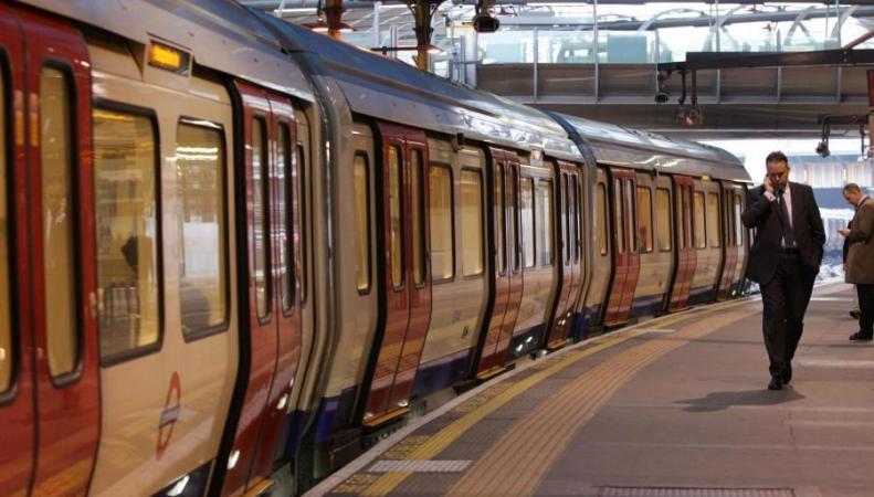 График работы лондонского метро в сочельник и Рождество