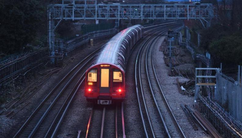 Машинисты лондонского метро проведут суточную забастовку