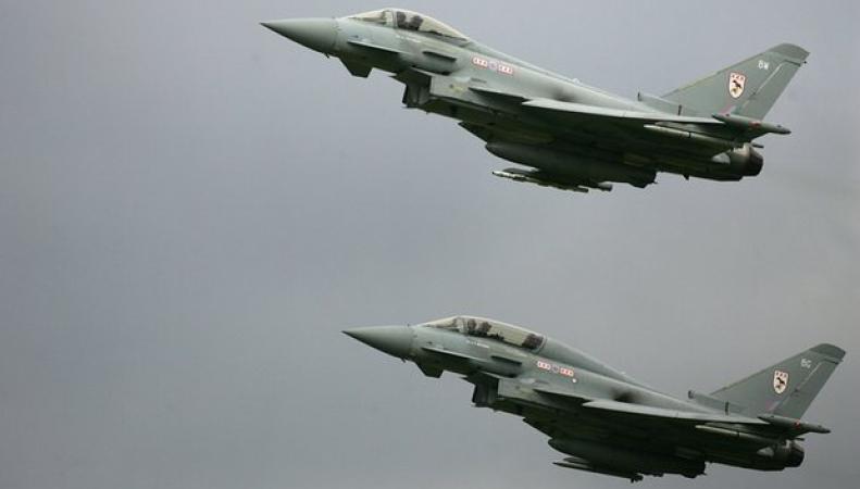 Истребители Typhoon были подняты по тревоге в Линкольншире