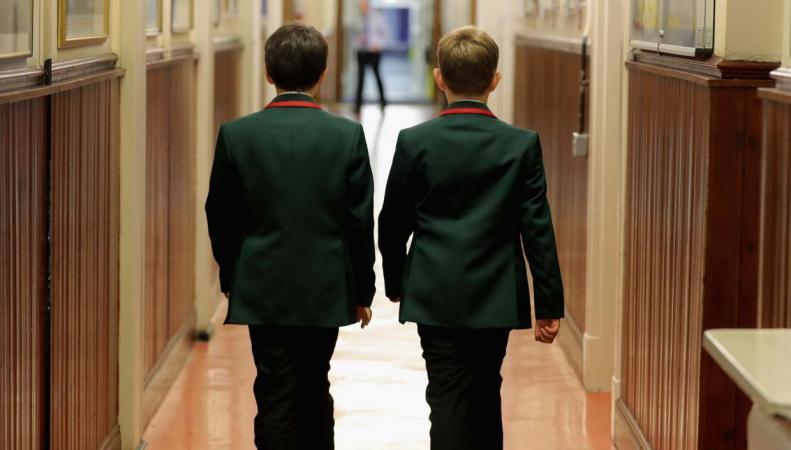 Лондонская частная школа введет «гендерно нейтральную» униформу