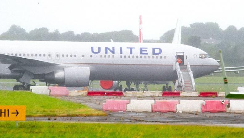 Трансатлантический лайнер по дороге в Хитроу попал в турбулентность: шестнадцать раненых фото:dailymail.co.uk