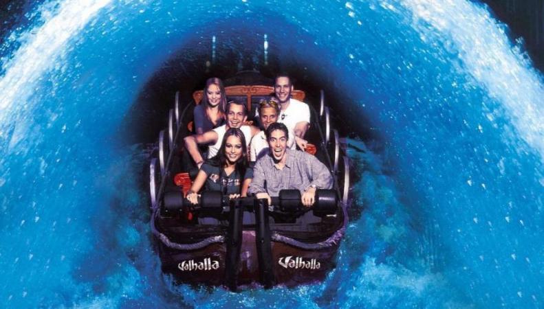 Английский аквапарк признан лучшим водным аттракционом в мире фото:standard.co.uk