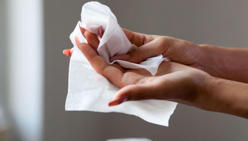 Правительство Великобритании заявило о планах полностью запретить использование влажных салфеток