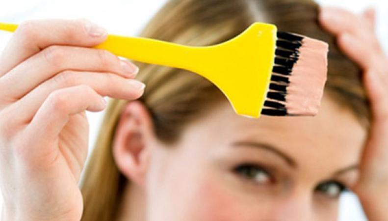 Мед. работники обнаружили, что окрашивание волос может привести краку груди