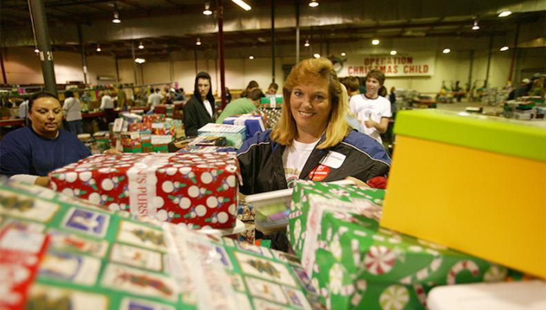 Благотворительные организации Лондона ждут помощи волонтеров на Рождество и в Новый год  фото:londonist.com