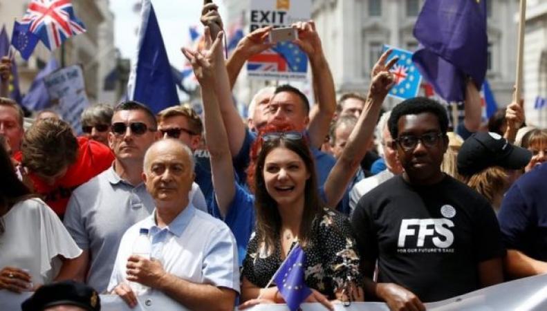 Митинг за повторный референдум собрал в Лондоне более ста тысяч человек