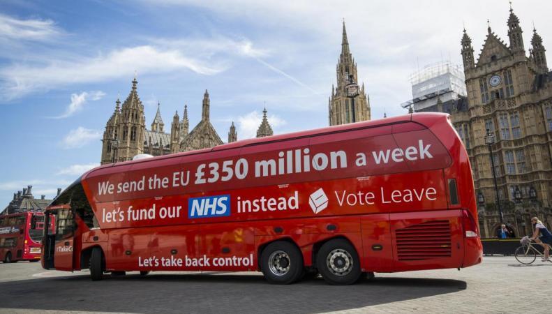 Еврокомиссия ухудшила экономический прогноз для Великобритании из-за Brexit фото:independent.co.uk