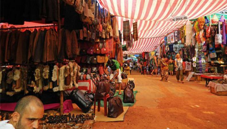 бомба на рынке, взрыв на рынке, Индия