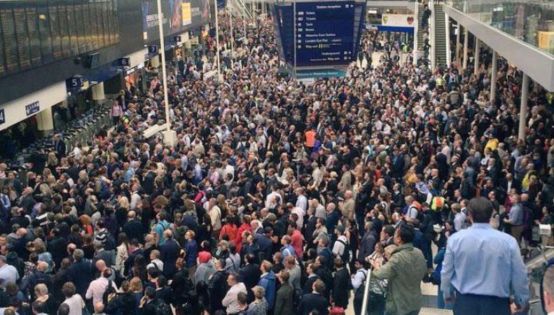 В пасхальные выходные лондонцы столкнутся с массовой отменой и задержкой поездов фото:standard.co.uk