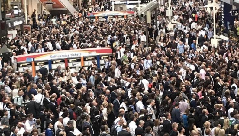 Хаос на вокзале Ватерлоо усугубится протестной акцией профсоюза RMT