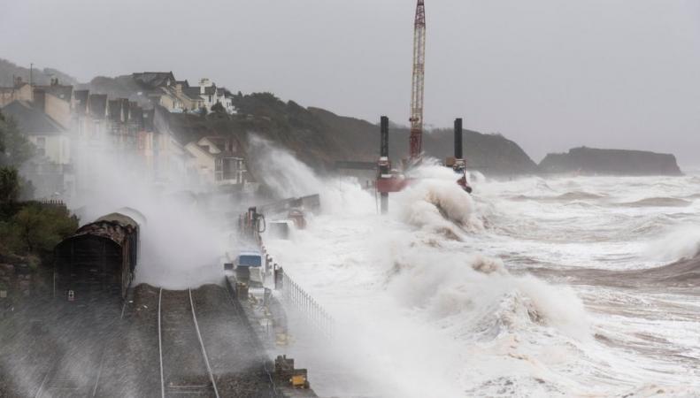 Великобритании угрожают наводнения накануне Рождества