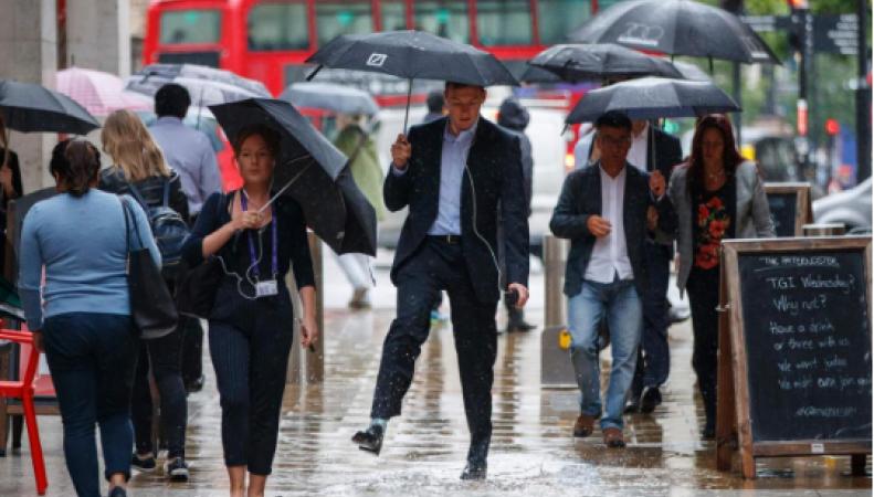 Британские синоптики надеются на приход бабьего лета фото:standard.co.uk