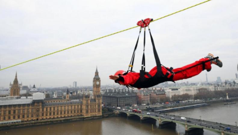В Лондоне на один день открылась самая захватывающая переправа через Темзу фото:standard.co.uk
