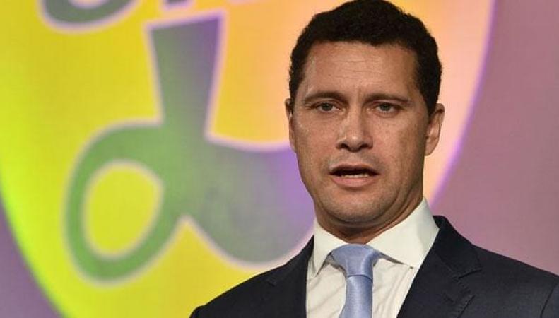 Новый кандидат в лидеры UKIP потерял сознание после драки в Европарламенте фото:telegraph.co.uk