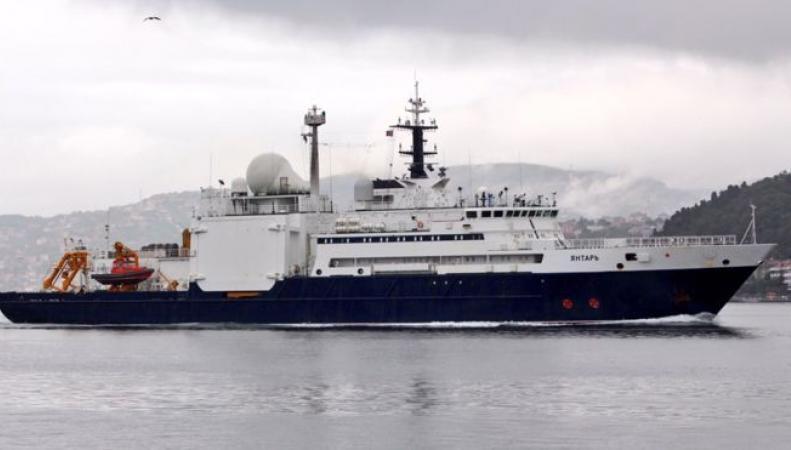 Британское министерство обороны отдало приказ о сопровождении российского корабля
