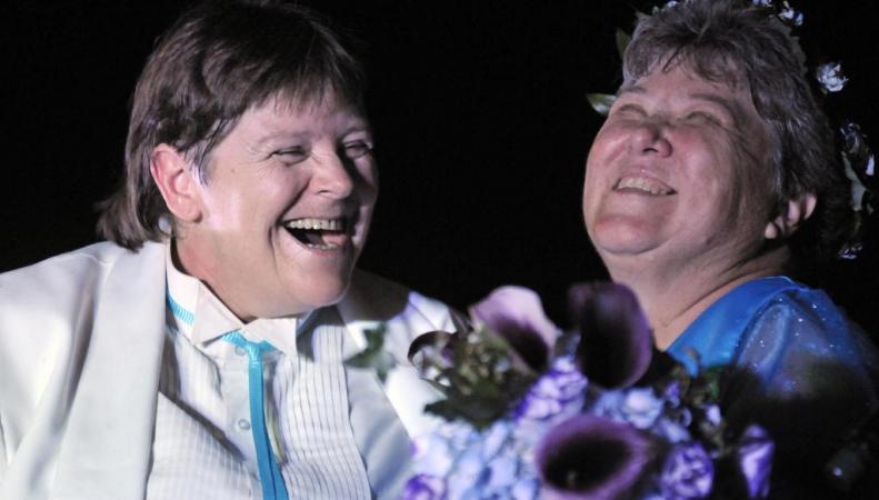 Однополые браки начали заключать в Англии и Уэльсе