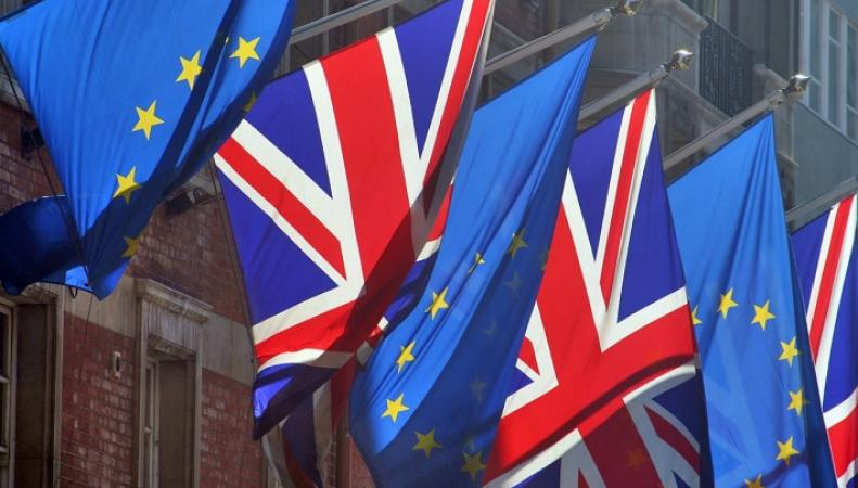"""Более ста британских консерваторов объединились в группу """"подготовки выхода из ЕС"""""""